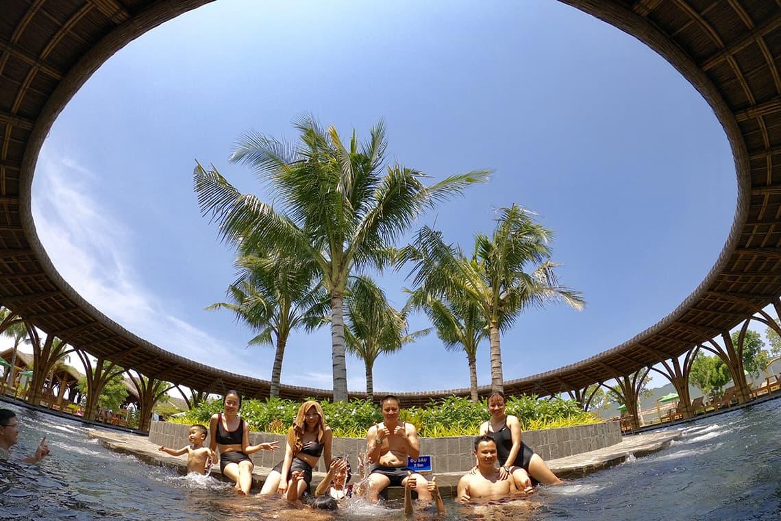 Tour Hòn Tằm Nha Trang 1 Ngày