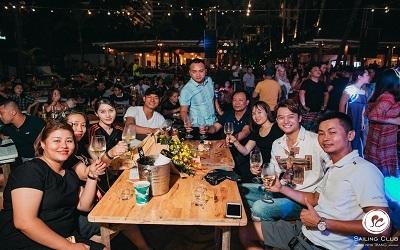 Quẩy Tung Chảo Với Những Quán Bar Nổi Tiếng Nhất Nhì Nha Trang
