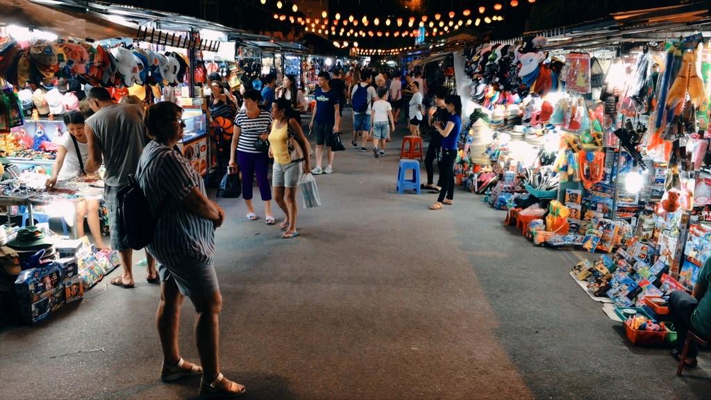 khu chợ đêm Nha Trang