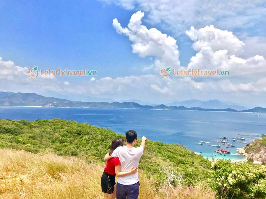 Ngắm toàn cảnh Vịnh Cam Ranh