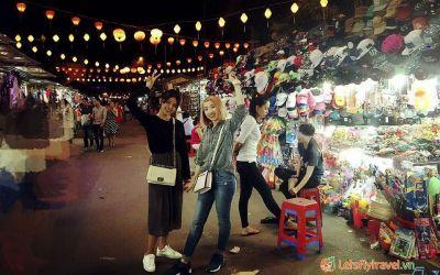 Lạc lối trong thiên đường ẩm thực và mua sắm ở chợ đêm Nha Trang